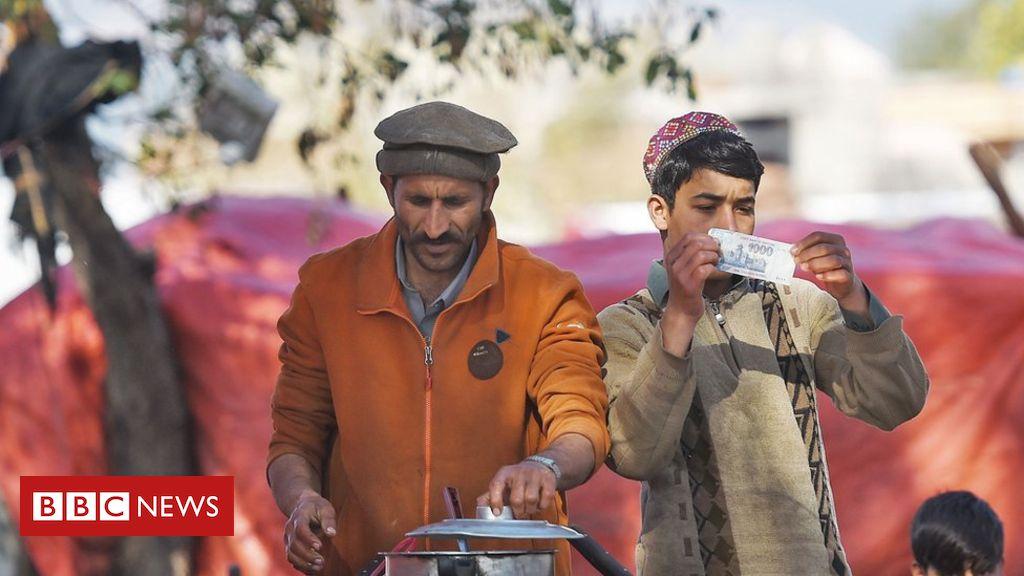 Pakistan secures $6bn lifeline from IMF