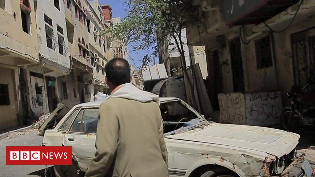 Surviving in Yemen's city of snipers