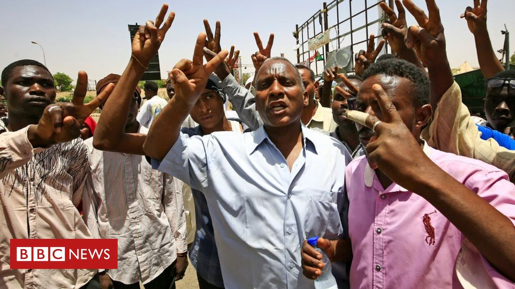 Seven die in clashes at Sudan protest