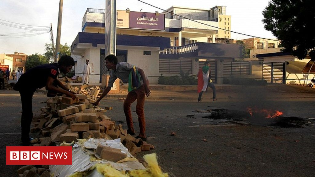 Sudan talks stall 'over protest roadblocks'
