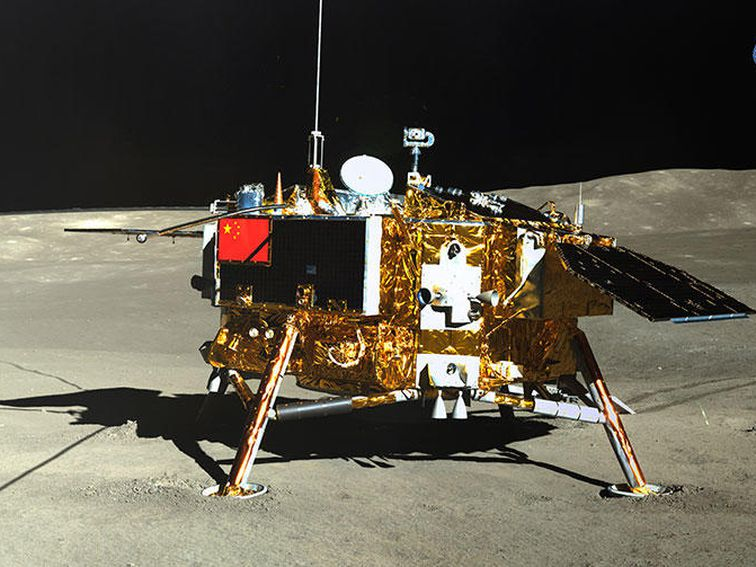 China's lunar rover makes unexpected discovery on far side of the moon – CNET