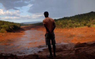 Brazilian mining dam 'at risk of collapse'
