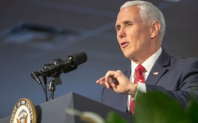 Pence delivers commencement address at Taylor University