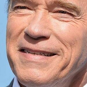 VIDEO: Arnold Schwarzenegger barely flinches when kicked in back: 'Like a mosquito kickin a rhino'