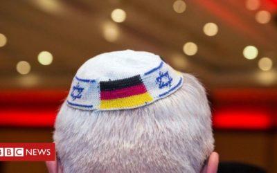 German Jews advised to not wear kippahs