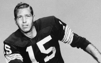 Bart Starr: Former Green Bay Packers quarterback dies at 85