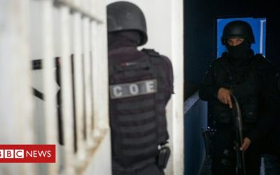 Brazil prison clashes leave 15 dead