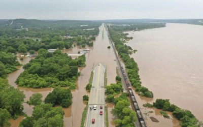 Dangerous floods leave Plains, Midwest 'at the mercy of Mother Nature'