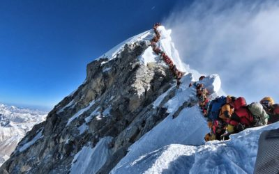 What's causing Mount Everest's deadly season? Overcrowding, inexperience and a long line to the top – USA TODAY
