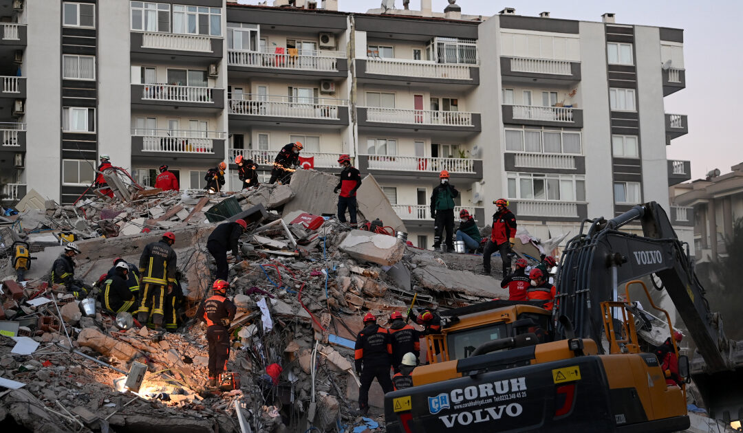 Rescue efforts under way after deadly earthquake in Turkey, Greece