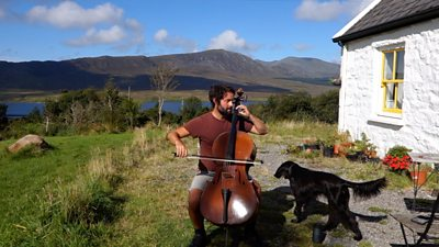Irish open-air cellist strikes coronavirus lockdown chord