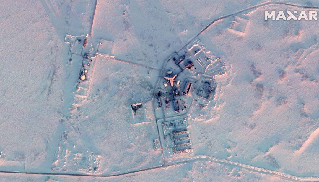 Satellite images show huge Russian military buildup in Arctic...