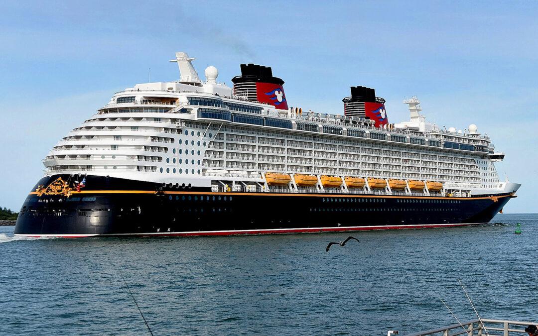 Disney cancels US cruises through end of June