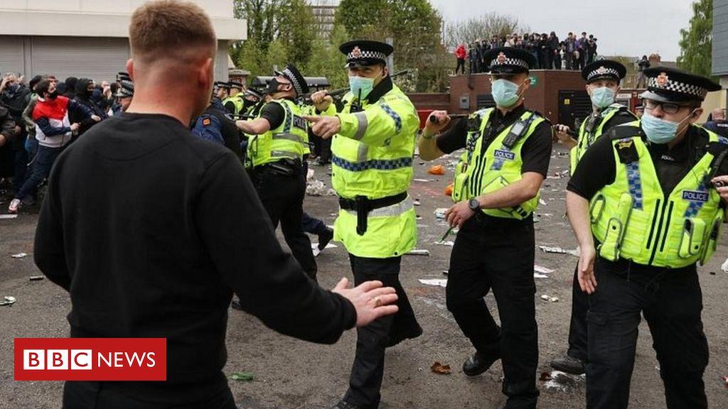 Manchester United protest: Arrest made over 'hostility' towards police