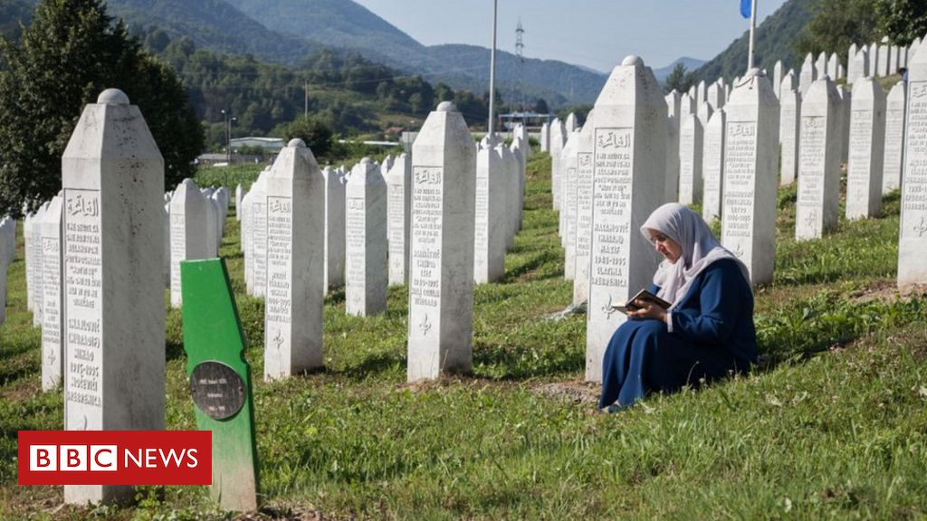 Srebrenica massacre: Verdict due in Mladic genocide appeal