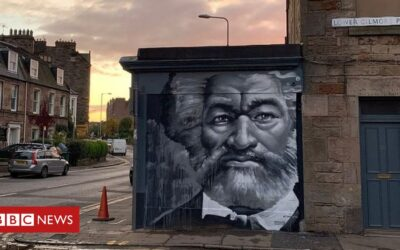 PM gifts photo of Edinburgh anti-slavery mural to Biden