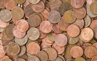 Dad dumps 80,000 pennies on estranged daughter's lawn for final child support