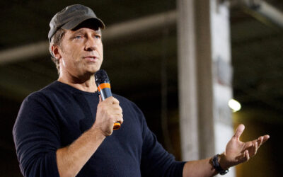 Mike Rowe Scolds Democrats: Profoundly Unfair to Make 'Taxpayers Pay the Tuition of Those Who Wish to Attend a University'