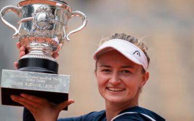 Roland Garros: Czech Barbora Krejcikova wins first French Open