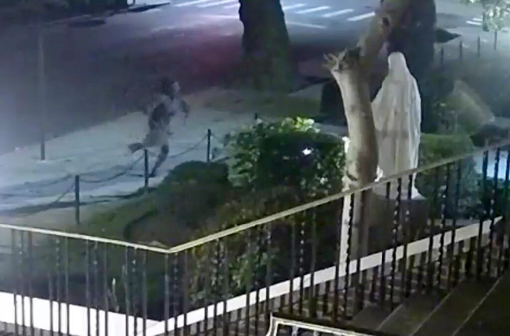 Woman caught on video destroying statues outside Queens church