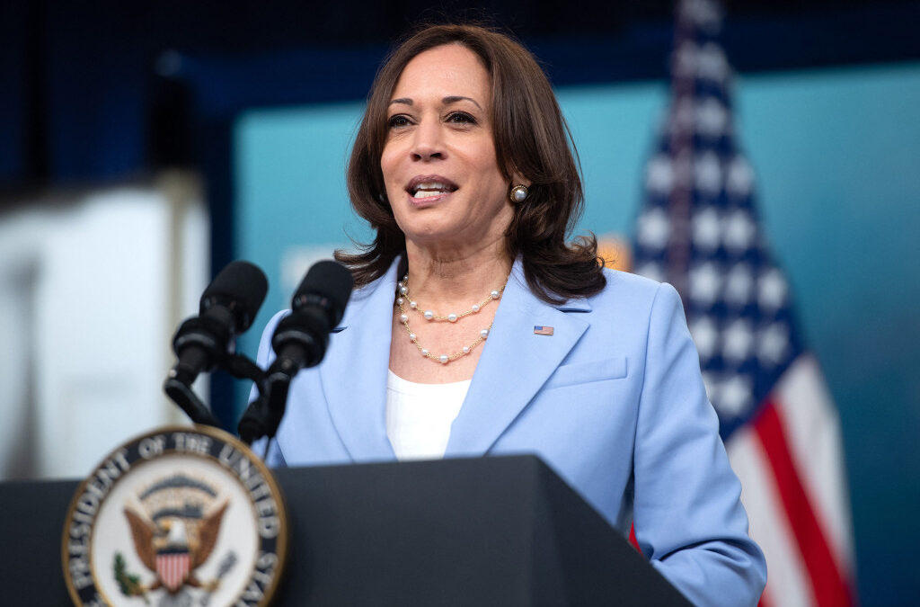 White House says Harris tests negative for COVID-19 after meeting with Texas Dems