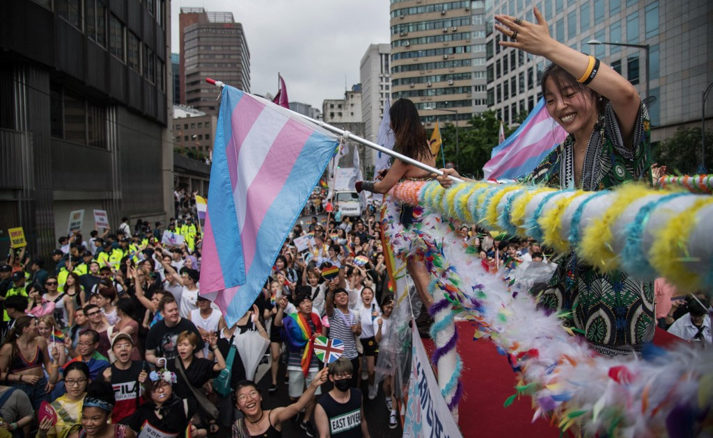 Rights body urges South Korea to pass anti-discrimination law